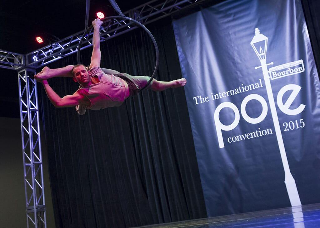 POLECON2015-PCON1706